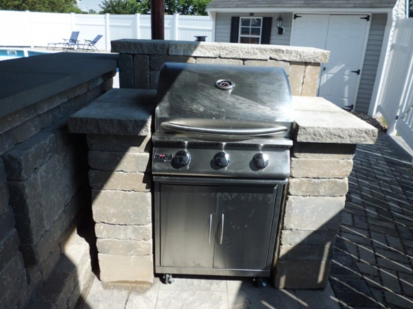 Built-in Stainless Steel Grill Island and Bar in Rocky Hill, CT by Bahler Brothers