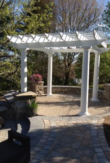 Reading Circle Paver Patio with Pergola