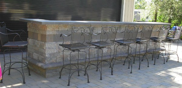 Large Outdoor Bar with plenty of seating