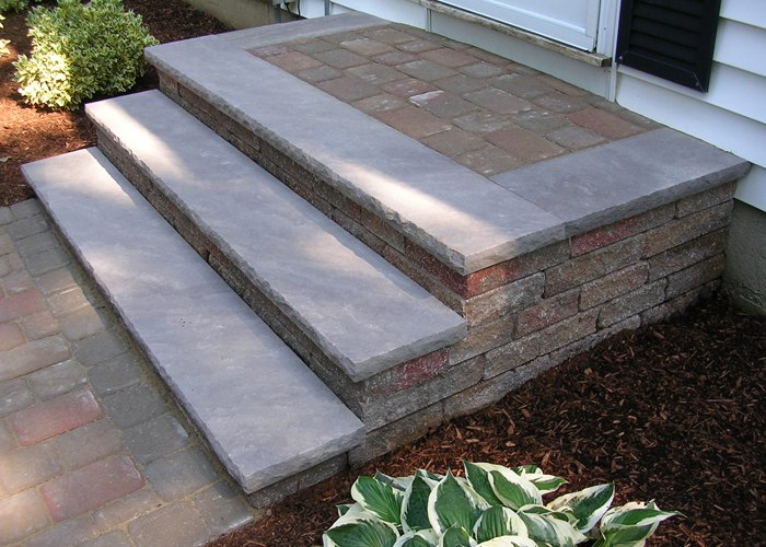 Custom steps installed in Connecticut