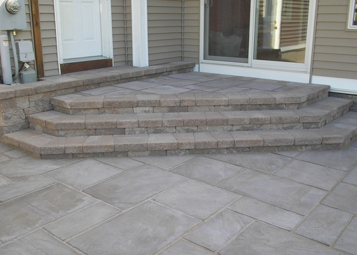 Steps accommodating two entry ways.