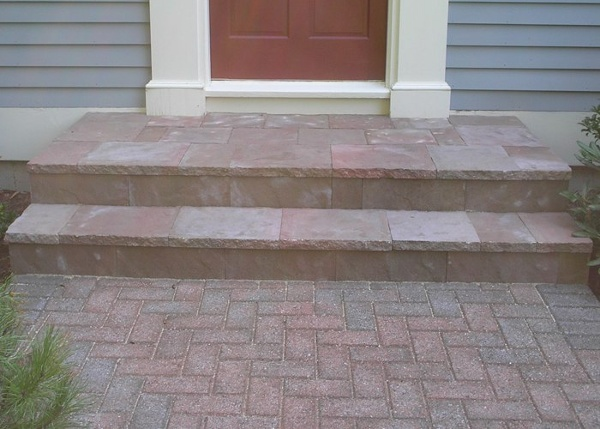 A step overlay with a walkway.
