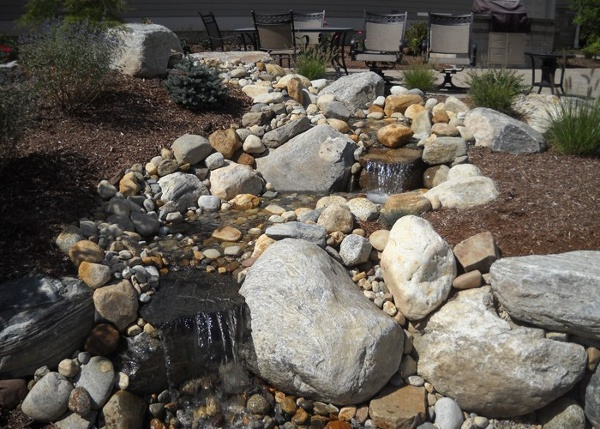 water feature in Ellington, CT installed by Bahler Brothers