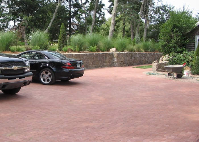Paver driveway installation by Bahler Brothers