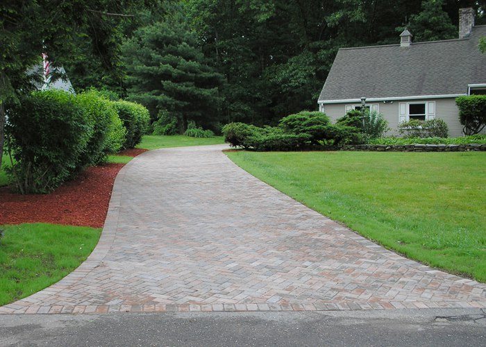 Paver driveway in CT