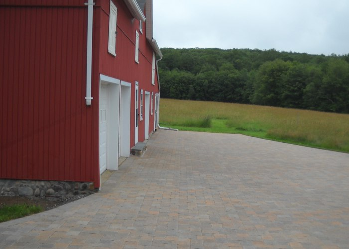 Paver driveway in Stafford Springs, CT