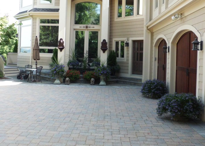 Paver driveway installation by Bahler Brothers in Simsbury, CT.