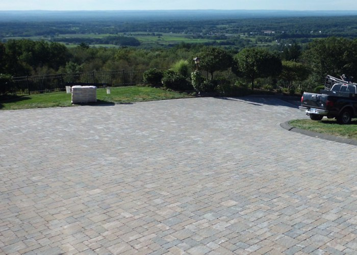 Paver driveway installation by Bahler Brothers in Ellington, CT.