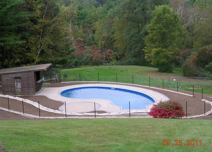 Paver pool patio and retaining wall project in Connecticut. installed by Bahler Brothers.