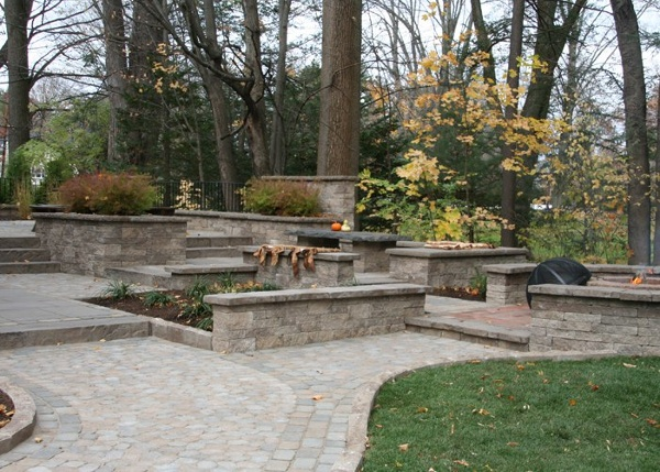 Patio with many levels and sitting walls in Suffield, CT by bahler brothers