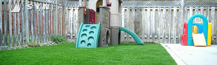 play_area_with_artificial_turf