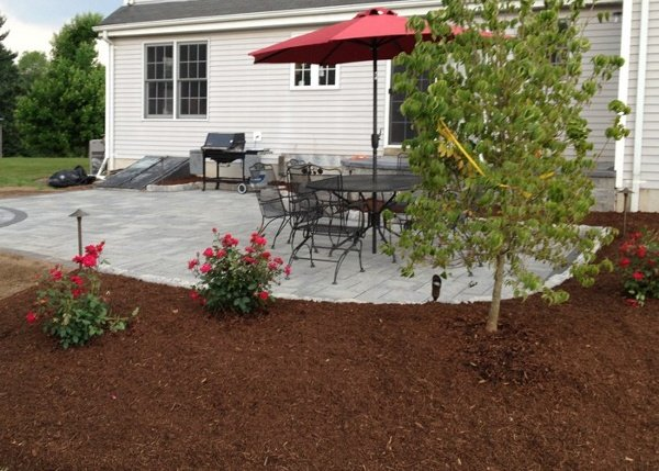 paver patio and landscaping in Ellington, CT by bahler brothers