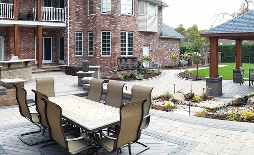Salema_patio_for-entertaining