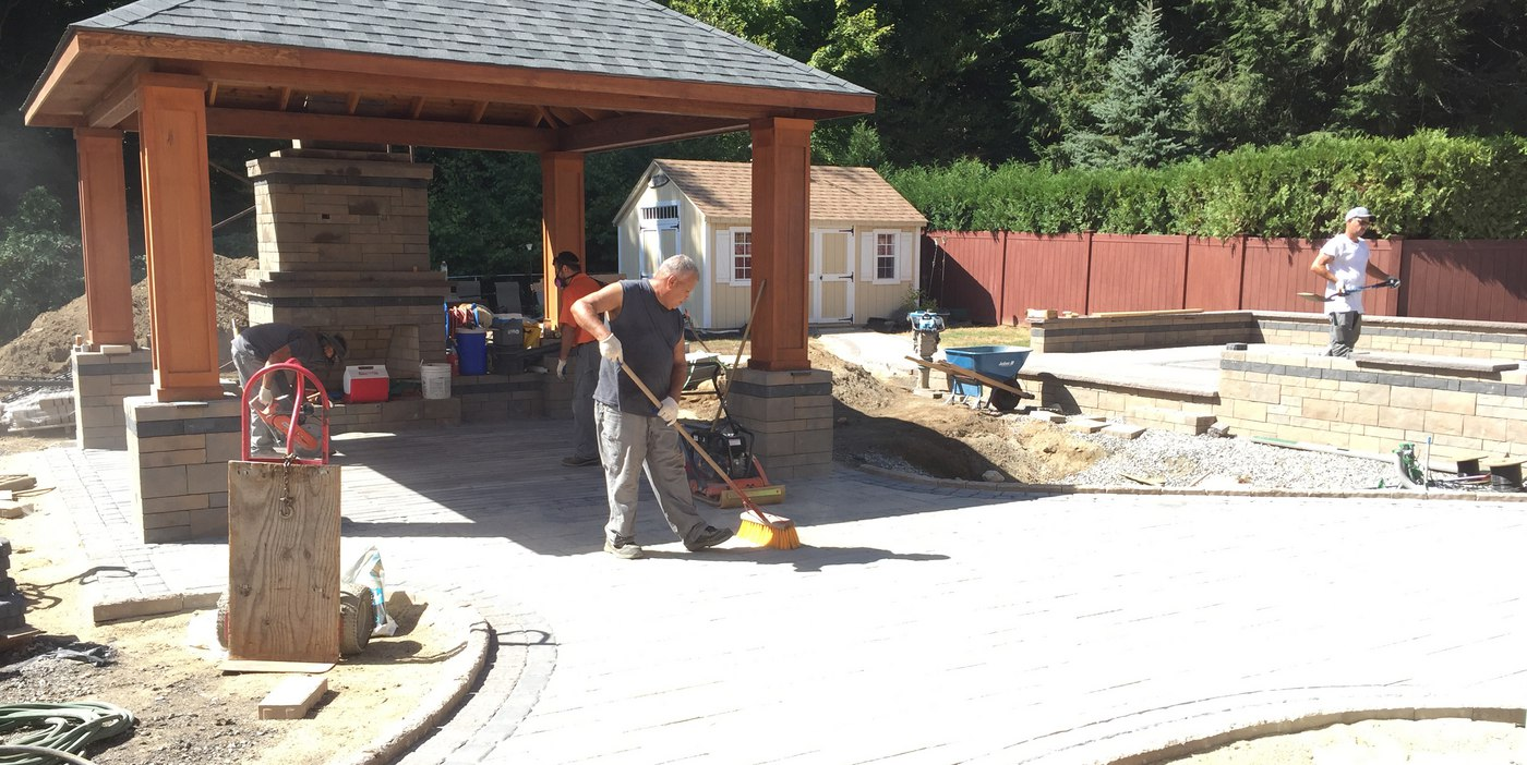 How to Install Pavers in CT