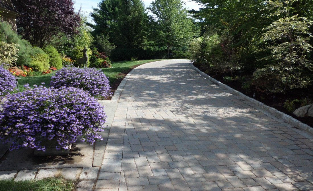 9 Expert Tips On Using Polymeric Sand
